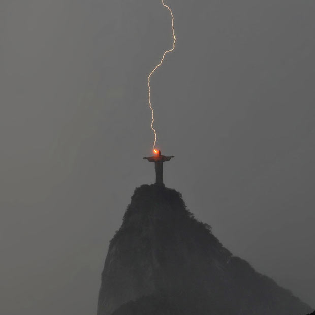 lightning_2024787i