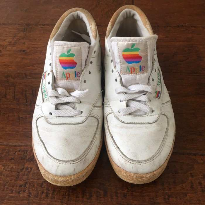 apple-sneakers-mac-rainbow-logo-front
